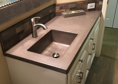 Custom Concrete Kitchen Countertop (1)